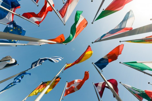 Cosmocracy: European political parties at the forefront of global governance evolution?